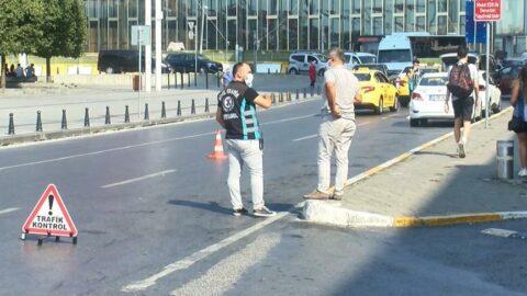 Taksim'de kısa mesafe almayan ve müşteri seçen taksicilere ceza kesildi