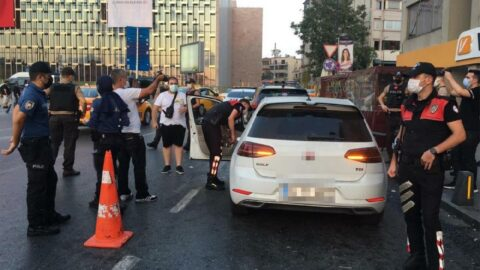 İstanbul'un 39 ilçesinde polis teyakkuza geçti