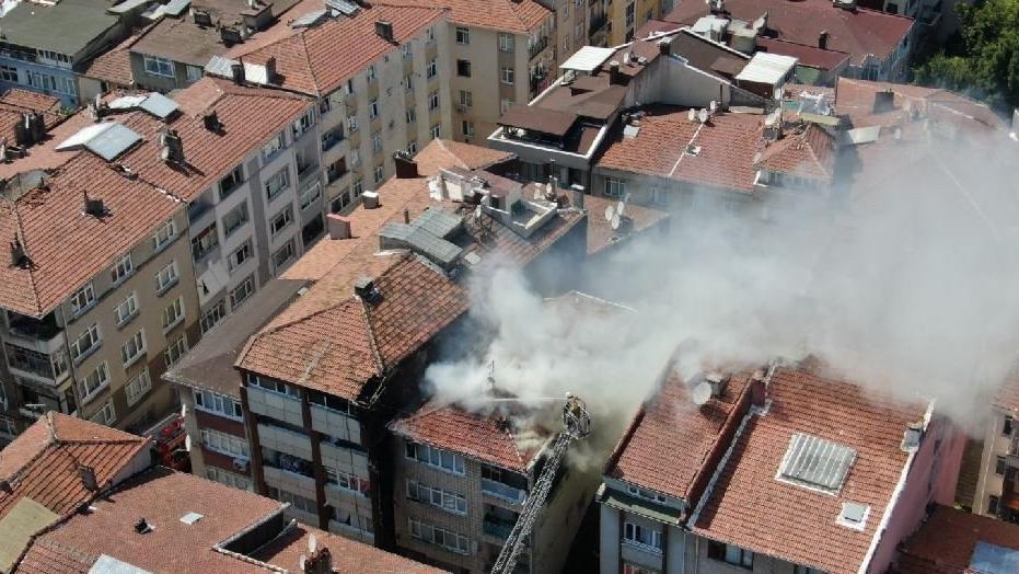 İstanbul'da doğalgazdan çıkan yangın binalara sıçradı