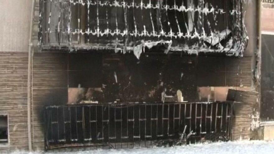 İstanbul'da ev alev alev yandı