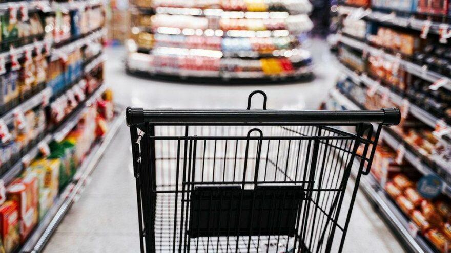 Londra'da marketteki yiyeceklere madde enjekte eden şüpheli tutuklandı