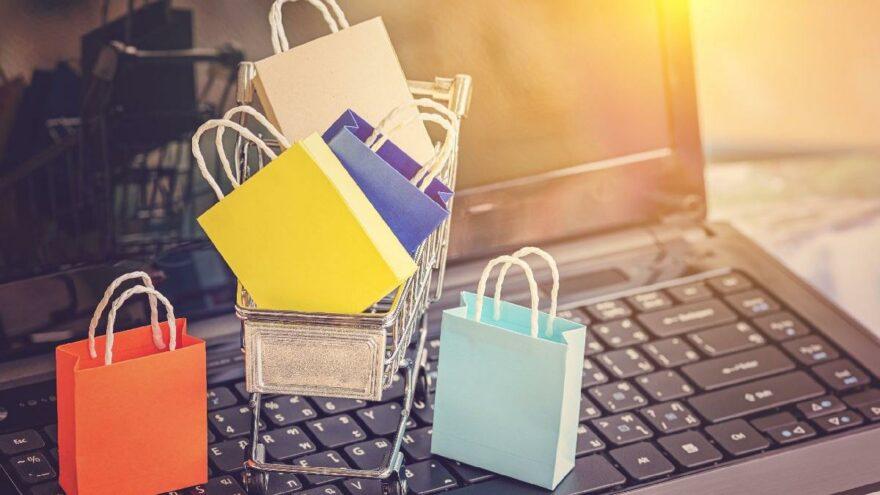 İnternetten alışveriş yapanların sayısı artıyor: Aslan payı giyim sektöründe