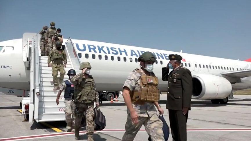 Afganistan'dan tahliye edilen Mehmetçikleri taşıyan ikinci uçak Ankara'da