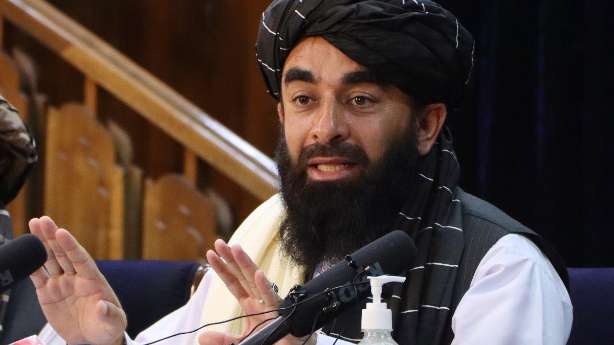 Taliban'dan kadın sağlık çalışanlarına 'işe dönün' çağrısı