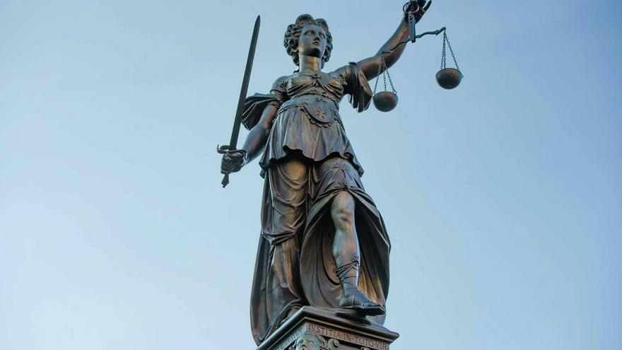 """""""Sistem hantal, adalet bürokrasisi çökmüş"""""""