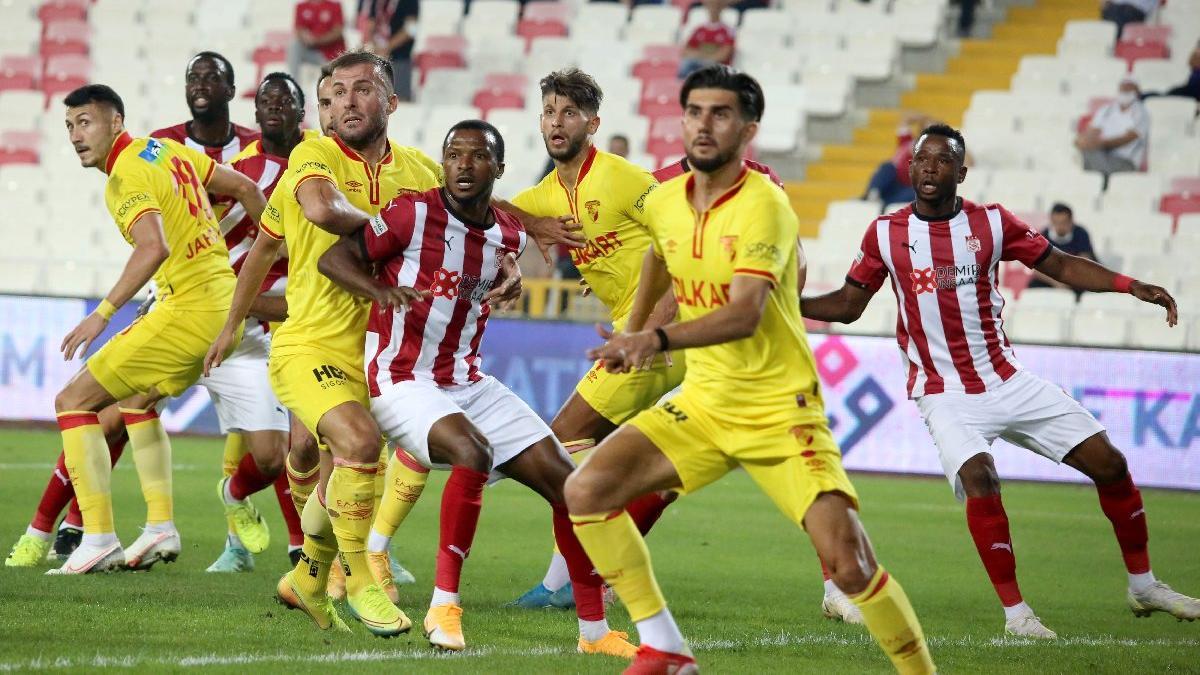 10 kişilik Sivasspor, Göztepe'ye diş geçiremedi: 1-1