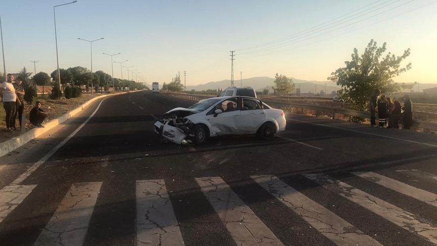 Elazığ'da iki ayrı kaza: 12 yaralı
