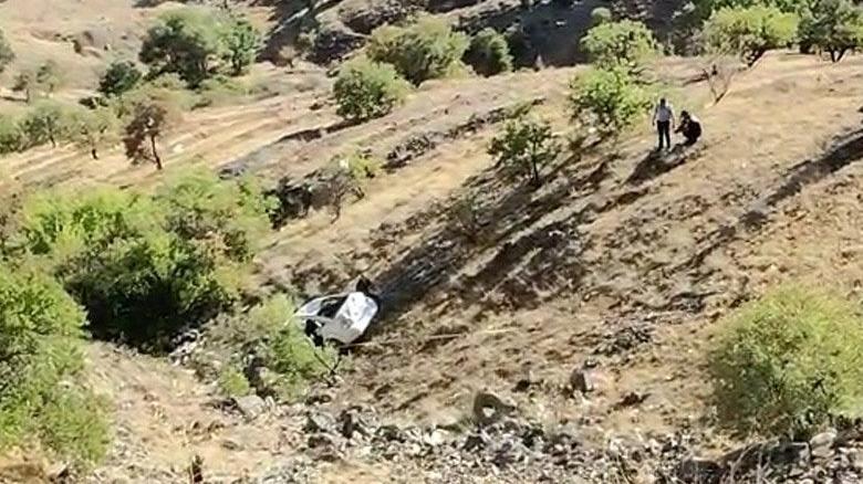Elazığ'da otomobil 150 metreden aşağı yuvarlandı