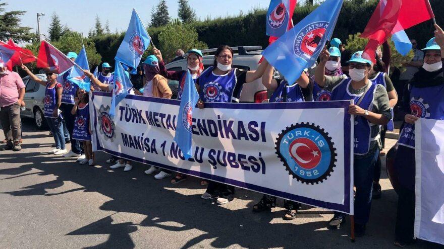 Türk Metal-Sen işten çıkarılan 58 üyesi için eylem yaptı