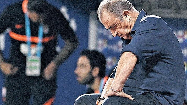 Galatasaray'da Melo ve Selçuk aranıyor! 9 transfere rağmen sorun çözülemedi...
