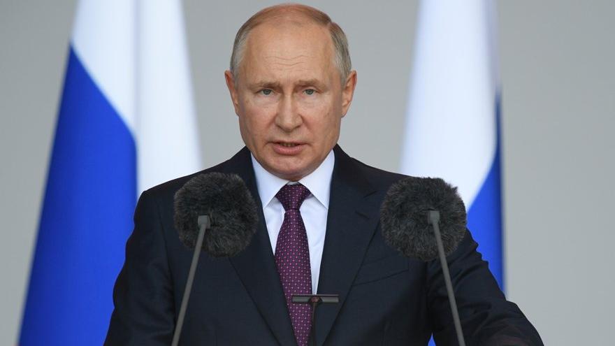 Putin'den tartışma yaratan 'seçim yatırımı'