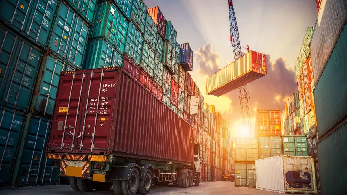 Dış ticaret açığı temmuzda önceki yıla göre yüzde 51,3 arttı