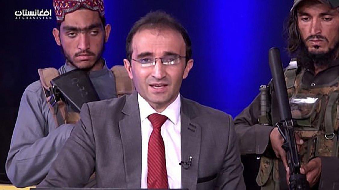Dünya bu programı konuşuyor... Taliban militanları silah zoruyla konuşturdu