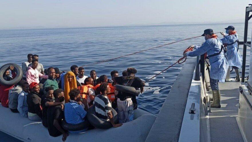 Ege'de Göçmen hareketliliği… 490 düzensiz göçmeni kurtarıldı
