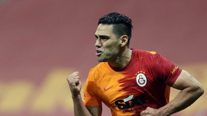 Galatasaray Falcao ile yollarını ayırdı! 3 milyon Euro ödenecek…