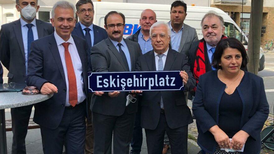 Frankfurt'ta bir meydanın adı Eskişehirplatz oldu