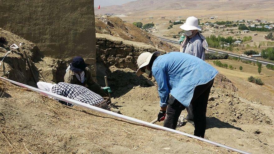 Van'da Urartuların surları yeniden inşa ediliyor