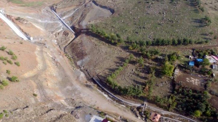 Birinci derece deprem bölgesi ve SİT alanı olan Yesemek'te gölet skandalı