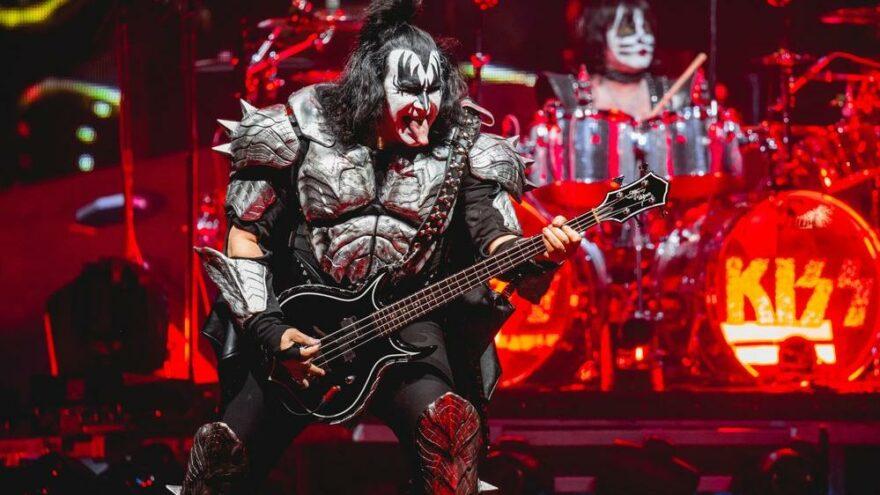Kiss grubunda Covid-19 endişesi: İki isim hastalandı, turne iptal oldu