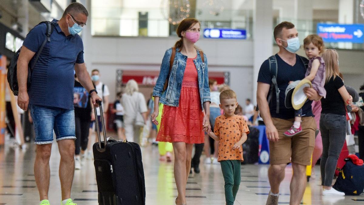 İngiltere'nin kırmızı liste ısrarı turizmciye 1 milyar dolar kaybettirdi