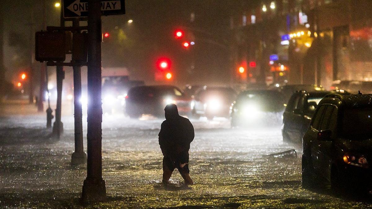 Yollar kapandı, binlerce yardım çağrısı geldi! ABD dehşeti yaşıyor