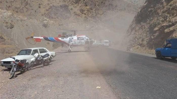İran'da minibüs dağdan yuvarlandı: 16 ölü