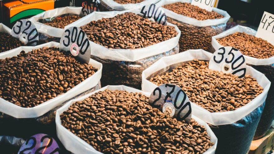 Küresel gıda fiyatları artarken tahıl üretimi düşmeye devam ediyor