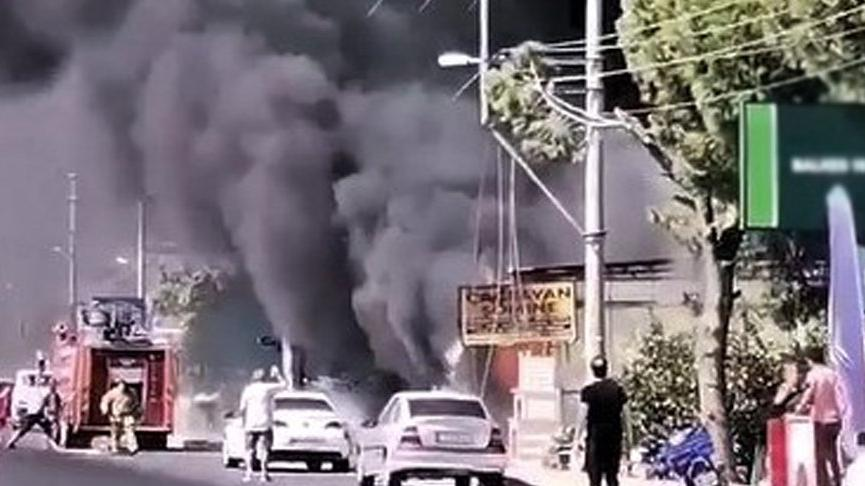 Edremit'te iş yeri yangını: Baba öldü, oğlu ağır yaralı