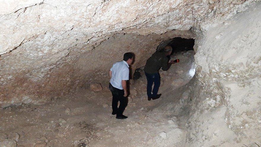Foseptik çukuru kazarken tarihi tünel ortaya çıktı