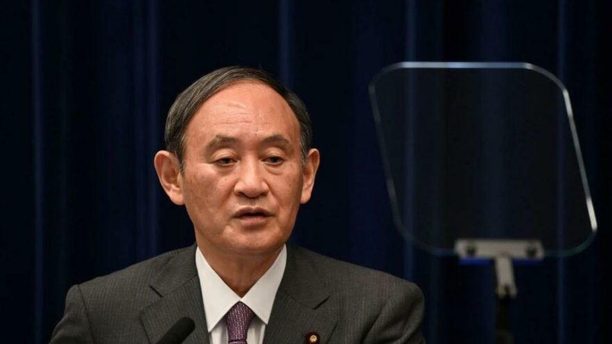 Japonya'da Covid-19 krizi: Başbakan istifa etti