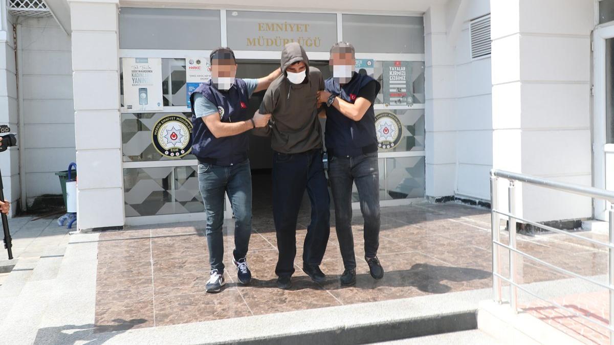 100 bin dolarlık gasp polise takıldı