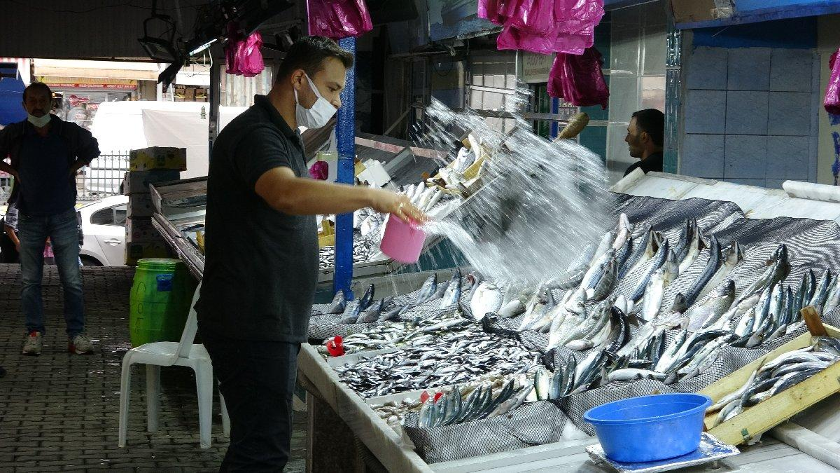 Balık tezgahlarındaki fiyatlar vatandaşları tatmin etmedi