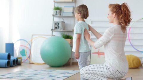 Çocuğunuzun sırtını ve belini 3 ayda bir kontrol edin