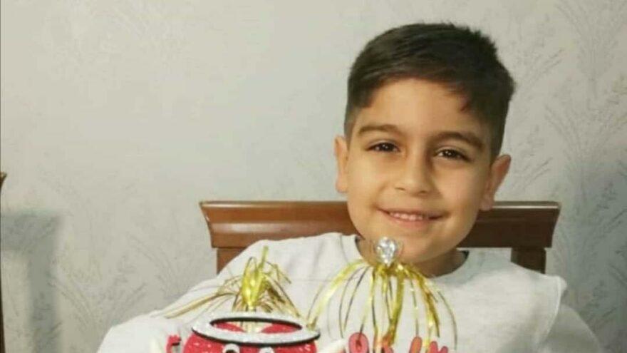 Üzerine gardırop devrilen küçük Mustafa öldü