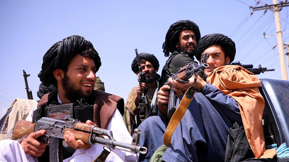 Afganistan'da son vilayet de düştü... Taliban'dan kutlama ateşi katliamı: 17 ölü