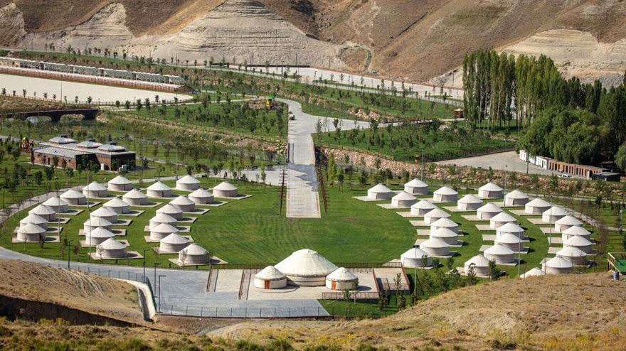 42 bin nüfuslu Ahlat'a 42 milyonluk millet bahçesi
