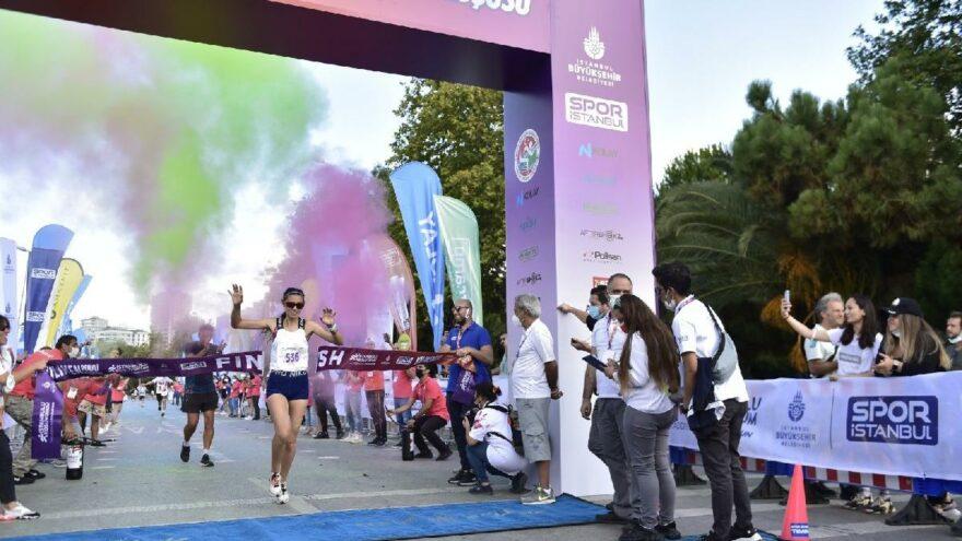 İstanbul'da yılın en renkli koşusu