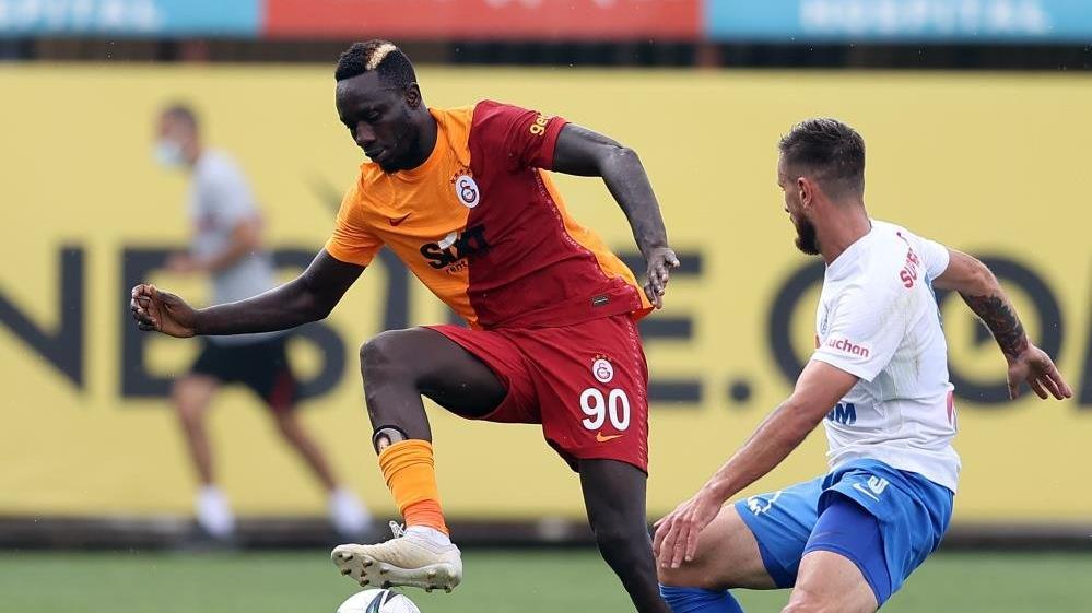 Galatasaray, Hagi'nin takımına yenildi