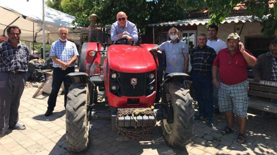 Çiftçilerin traktörleri artık haczedilmesin