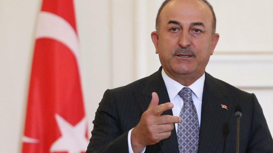 Bakan Çavuşoğlu, AB Komşuluk ve Genişleme Komiseri ile görüştü