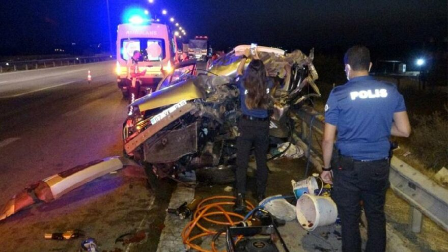 Feci kaza: 2 ölü, 2'si ağır 5 yaralı