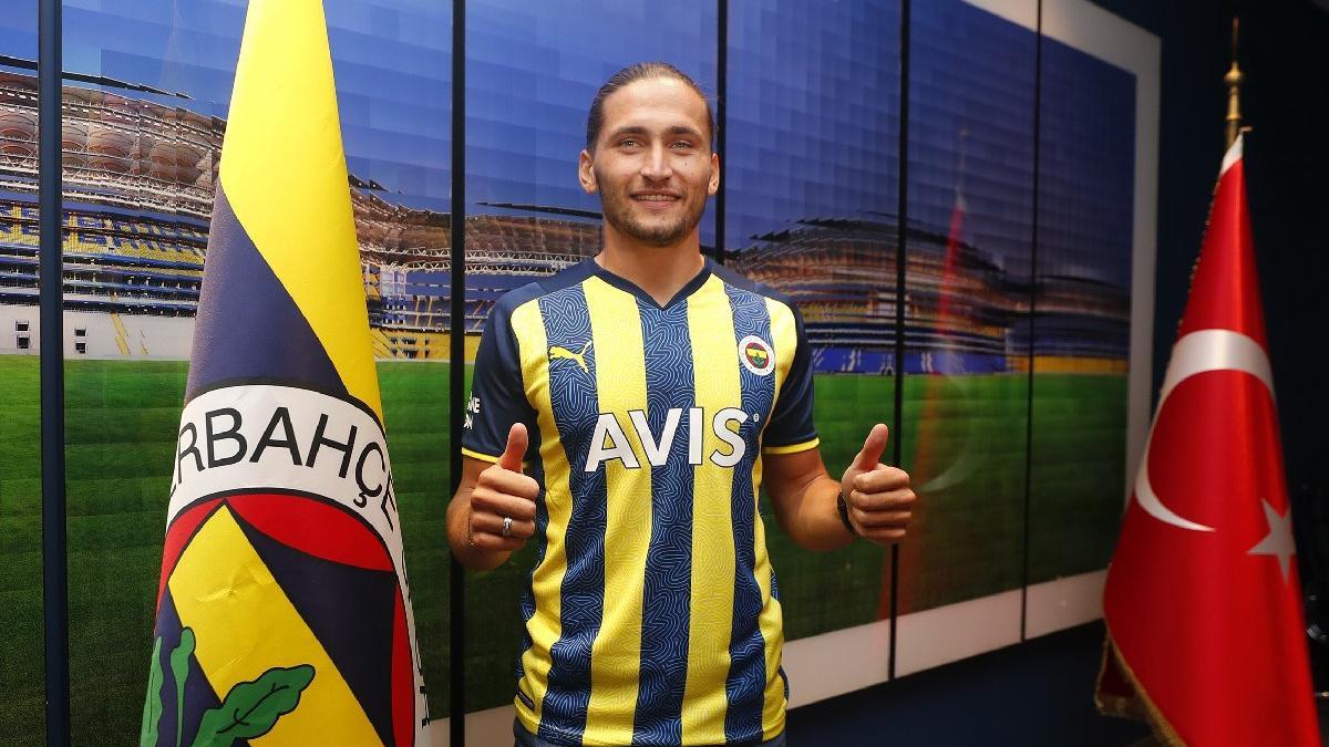 Fenerbahçe, Miguel Crespo'yu kadrosuna kattığını açıkladı