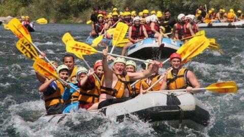 Köprülü Kanyon'da günde 5 bin kişi rafting yapıyor