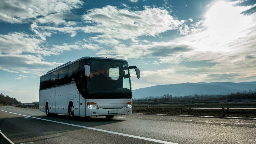 """Şehirlerarası otobüslerde 'yarı kapasite fiyatı' sabit kaldı: """"Öğrencilerin sırtından fazla para kazanmaya çalışıyorlar"""""""