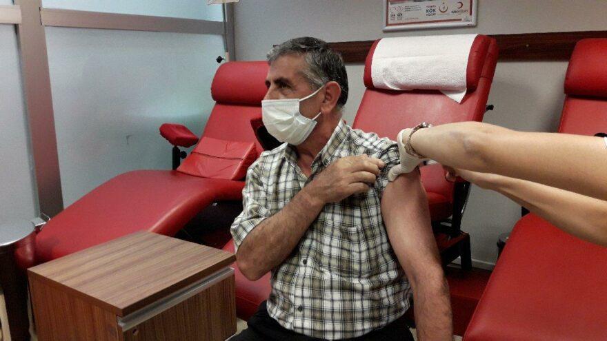 İstanbul Adliyesi'nde randevusuz aşı uygulaması başladı