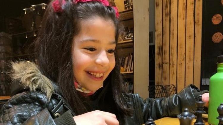 Azra Karataş 7 yaşında milli takıma seçildi
