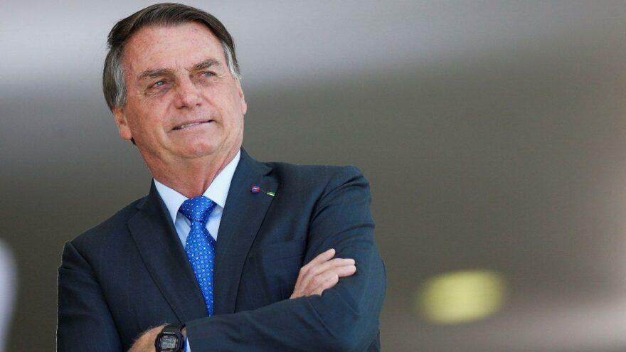 """Brezilya Devlet Başkanı Bolsonaro: """"Yeni yasa, teknoloji devlerinin içeriği kaldırma gücünü sınırlayacak"""""""