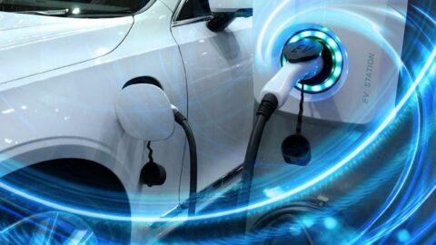 Toyota'dan elektrikli araç batarya teknolojisi için 13.5 milyar dolarlık yatırım
