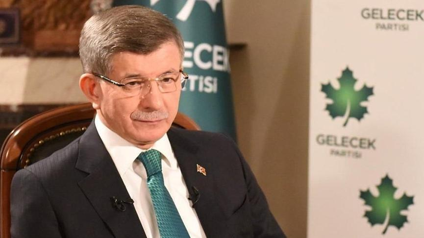 Davutoğlu, AKP'yi içindeyken neden eleştirmediği sorusunu yanıtladı