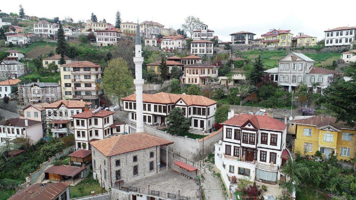 AKP'li belediye tasarrufu unuttu: 898 binlik mobilya...